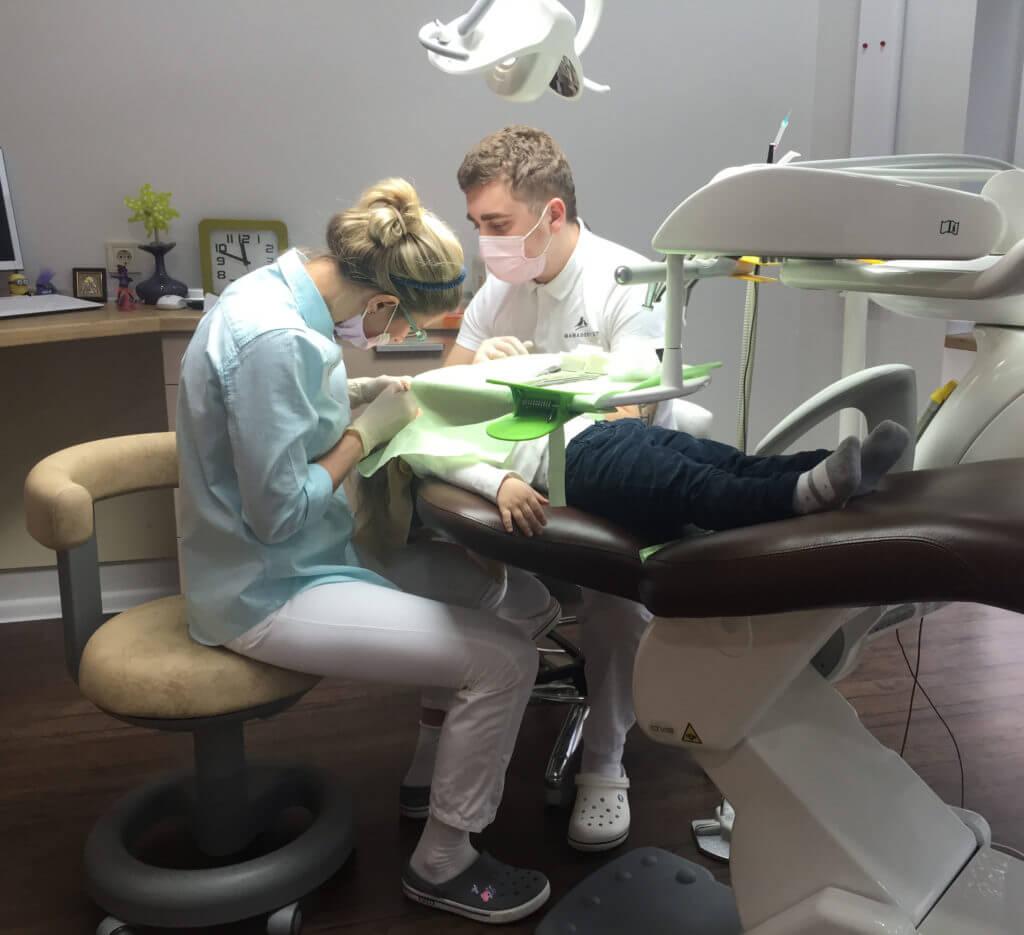 Лечение зубов у детей под наркозом (седацией, севоран) – альтернатива – лечение молочных зубов без наркоза