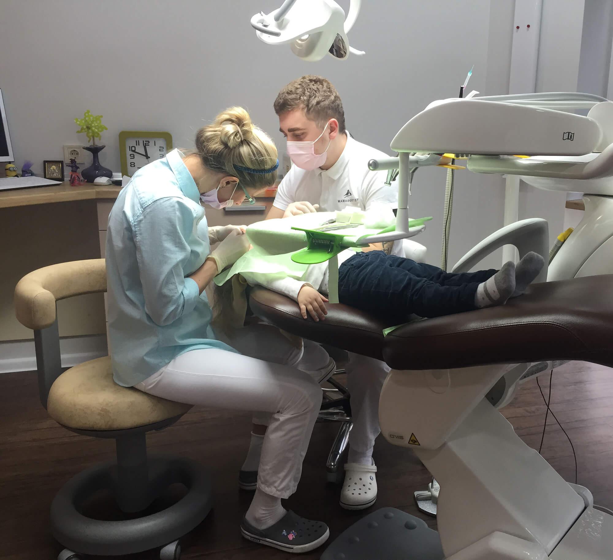 Лечение зубов у детей во сне Киев
