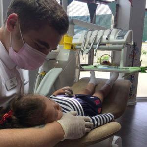 лечение зубов у детей под седацией